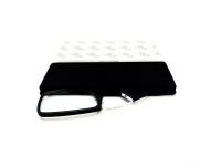 Gafas pregraduadas con funda de silicona adhesiva en color negro de +2,50 dioptrias